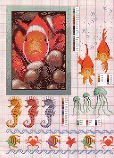 Ocean life free pattern. I love the Seahorses.