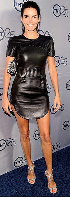 Angie Harmon: Dress – Azede Jean-Pierre  Jewelry – Irit Design and Le Vian  Purse – Christian Louboutin  Shoes – Jimmy Choo