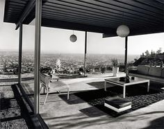 Case Study House No. Los Angeles, CA. Architect Pierre Koenig Photo Julius Shulman Case Study House No. Los Angeles, CA. Eames, Pierre Koenig, Modern Architects, Architectural Photographers, Mid Century House, Mid Century Modern Design, Art And Architecture, Bungalows, Interior And Exterior