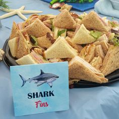 Shark Party Tent Style Food and Drink Labels Hai Party Zelt Stil Essen und Trinken Etiketten Shark Party Foods, Shark Snacks, Baby Hai, Lila Baby, Boy Birthday Parties, 2nd Birthday, Shark Birthday Ideas, Birthday At The Beach, Ocean Party