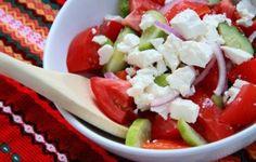 bulgarian salad Caprese Salad, Potato Salad, Potatoes, Healthy Lunches, Bulgarian, Ethnic Recipes, Food, Eat Clean Lunches, Bulgarian Language