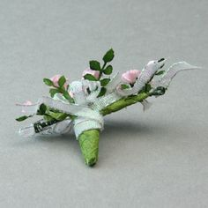 Make a Miniature Bouquet in Dolls House or Other Scales: Finish the Dolls House Scale Bouquet Top and Back