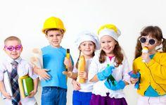 ¿Sabías que el teatro ayuda a los niños a desarrollar la expresión verbal y corporal, y a estimular su capacidad de memoria y su agilidad mental? Con el teatro el niño aumenta su autoestima, aprende a respetar y convivir en grupo, conoce y controla sus emociones, descubre lo que es la disciplina y la constancia en el trabajo, además de desenvolverse entre el público.