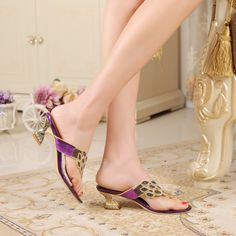 e7e5de69410223 Fashion brand Hoof Heels shoes luxury peacock flowers Diamond flip-flops  ladies sandals summer slippers