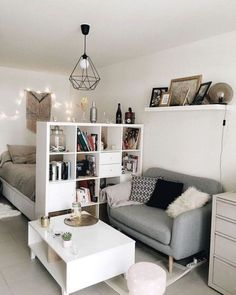 Small Apartment Bedrooms, Apartment Layout, Small Room Bedroom, Apartment Interior, Small Rooms, Apartment Design, Small Apartments, Room Decor Bedroom, Apartment Living