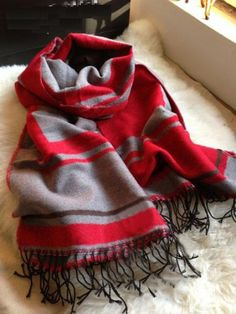 accessoryhut.com/grey-red-wool-scarf.html