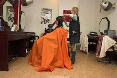 Hairdresser, Hair Cuts, Hair Beauty, Salons, Blouses, Lowboy, Apron, Haircuts, Lounges