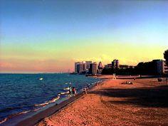 Loyola Beach, Chicago by , via Flickr