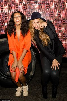 Beyonce and Solange Knowles spend quality time together at Prospect 3 Festival in New Orleans   Daily Mail Online
