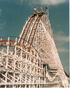 Charlotte, NC - Another landmark that straddles the NC/SC border - Carowinds Theme Park. This picture is of Thunder Road - the very popular wooden roller coaster that was in the park since it opened. Right near UNCC Virgina Beach, North Carolina Homes, South Carolina, Fair Rides, Southern Heritage, Amusement Park Rides, My Ride, Roller Coasters, Places Ive Been