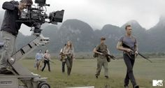 First Look Tom Hiddleston Kong Skull Island