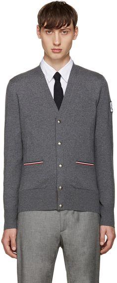580€ Moncler Gamme Bleu - Cardigan gris Double Pocket