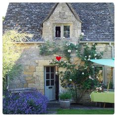 ••• New Blog ••••••. Our second #blog for the weekend has been published on Lifes Small Pleasures. The first is Interior Design tips for Smaller Spaces. ......... Link in bio  This #cottage has lots of #curbappeal may move in!. #love #exterior #cotswoldstone #roof #roses #blue #door . . #cottagelife #country #countrygirl  #englishgarden #garden #cottagegarden #firstimpressions #instadesign #designers #inspiration  #countryideas  #serendipity #serendipityloves…