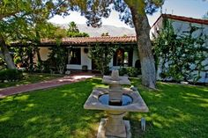 House, 4 Bedrooms + Convertible Bed(s), 3 Baths Beautiful - Spanish Movie Colony Estate Walk to Town
