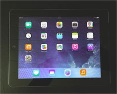 iPad 2   WiFi 3G   16 GB   Top Zustand   GSM   silber   30PIN   gebraucht