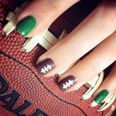 30 Super Bowl Nail Art Ideas That Are Major Wins
