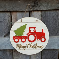 Merry Christmas Wreath Tractor Christmas Door Hanger Rustic Farm... (€43) ❤ liked on Polyvore featuring home, home decor, holiday decorations, home & living, home décor, red, wreaths & door hangers, red home decor and red wreath