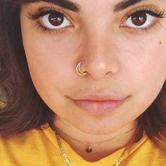 Fake Piercing, Spiderbite Piercings, Septum Piercing, Piercing Ideas, Conch Ring, Septum Ring, Rose Gold Nose Ring, Gold Nose Rings, Gold Hoop Nose Ring