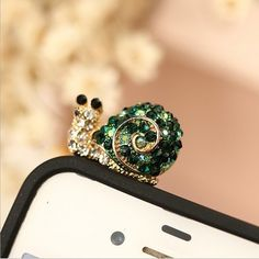 2014 New Limited Lovely Full Planted Diamonds Snail Jack Plug for Mobile Phone for Iphone Sp/mix $5 Order Free Shipping B060