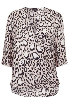 Animal Drape Front Blouse from Topshop Topshop Outfit, Topshop Style, Funky Fashion, Cute Fashion, Womens Fashion, New Wardrobe, Fashion Outlet, Beautiful Outfits, Ideias Fashion