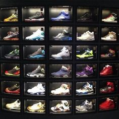 This shoe collection/shoe display is awesome! Closet Shoe Storage, Shoe Closet, Closet Organization, Organization Ideas, Sneaker Rack, Sneaker Storage, Shoe Store Design, Nike Air Max 87, Shoe Room