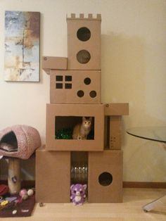 Carboard Cat Tower Best Picture For cat playground jungle gym For Your Taste You are looking f. Diy Cat Tower, Cat Tree Plans, Cardboard Cat House, Cat Castle, Cat House Diy, Cat Hacks, Cat Towers, Cat Playground, Ideias Diy