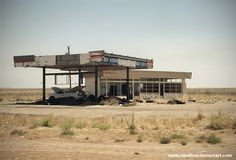 https://flic.kr/p/cZaxHq | Abandoned Gas Station | An abandoned Gas Station close to the border between Texas and New Mexico...directly at the I 40 exit of Glenrio www.vipallica.deviantart.com