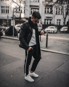 """2,862 Likes, 123 Comments - André 