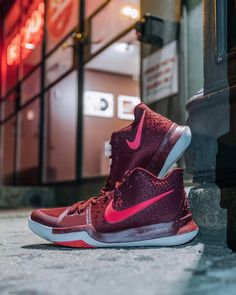 timeless design 26768 2a258 Kyrie 3, Sneakers Nike, Air Max Sneakers, Nike Shoes, Nike Basketball,