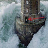 Phare de La Jument - The Lighthouse Keeper I by Jean Guichard - art print from King & McGaw Toile Photo, Art Sur Toile, Image Nature, Nature Pics, Huge Waves, Volvo Ocean Race, Lighthouse Keeper, Lighthouse Storm, Bretagne