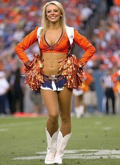 Denver Broncos Cheerleader--will she celebrate a Super Bowl win on the evening of February ANSWER: YES. Denver Bronco Cheerleaders, Hottest Nfl Cheerleaders, Denver Broncos Football, Broncos Fans, Cheerleaders Pictures, Cincinnati Bengals, Pittsburgh Steelers, Cheerleader Costume, Cheerleader Girls