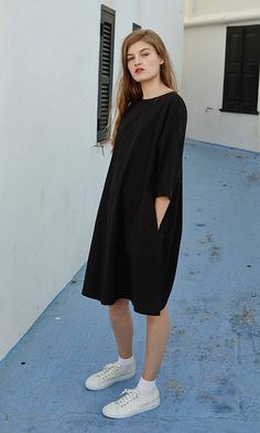 Black shift dress - Plümo Ltd