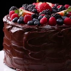 """Tasty on Twitter: """"This is the FUDGIEST non-dairy chocolate cake 🍫… """""""