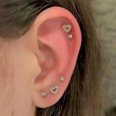 Pretty Ear Piercings, Ear Peircings, Ear Piercings Chart, Ear Piercings Helix, Face Piercings, Triple Helix Piercing, Three Ear Piercings, Different Ear Piercings, Helix Ring