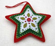 Ornamento de la Navidad Navidad estrella rojo por PuffinPatchwork