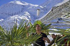 Palmen auf den Almen – das Partyweekend in Gastein Weekender, Ferris Wheel, Party, Fair Grounds, Fun, Travel, Ski Trips, Travel Purse, Voyage