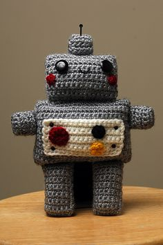 Amigurumi Robot #crochet #robot #amigurumi #cute #grey