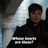 His face at the end...Hahaha, the Mad Hatter had the best faces and such sass.