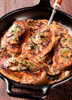 Boneless Pork Chops in Creamy Irish Whiskey Sauce is a match made in heaven, and when you add some mushrooms to the mix - this amazing combination just can't get any better! Oven Roasted Pork Tenderloin, Baked Pork Loin, Cooking Boneless Pork Chops, Boneless Pork Loin Chops, Roasted Pork Tenderloins, Pork Tenderloin Recipes, Pork Roast, Best Pork Chop Recipe, Pork Chop Recipes