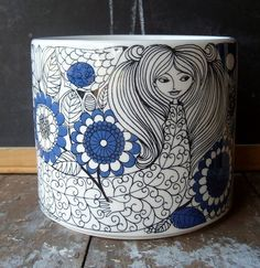 Hmmmm, this gives me inspiration for shamble or doodling of any kind in ceramics! .....Arabia Finland Pastoraali Vase- Esteri Tomula