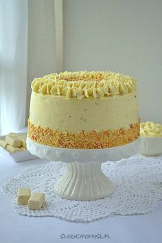 TORT DWA MICHAŁY • PRZEPIS • SŁODKI POMYSŁ Vanilla Cake, Food And Drink, Cooking Recipes, Make It Yourself, Baking, Ethnic Recipes, Cakes, Carrot Cake, Sprinkle Cakes