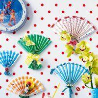 Des éventails en papier coloré - Marie Claire Idées