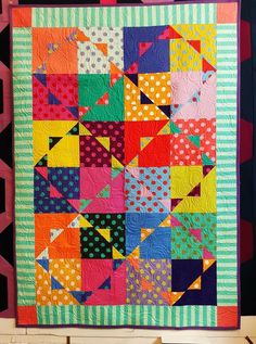 Patchwork Quilt Patterns, Scrappy Quilts, Baby Quilts, Bright Quilts, Colorful Quilts, Antique Quilts, Vintage Quilts, Modern Quilting Designs, Half Square Triangle Quilts