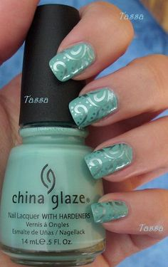 Turquoise nails China Glaze For Audrey + China Glaze Metallic Muse + konad plate Get Nails, Fancy Nails, Love Nails, Trendy Nails, How To Do Nails, Nails Factory, Swirl Nail Art, Stamping Nail Art, Beautiful Nail Designs