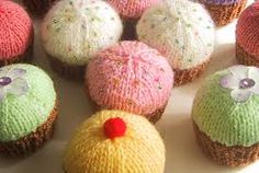 Knitting Pattern Christmas Pudding Ferrero Rocher : ferrero rocher knitted christmas pudding - Google Search knitting Pintere...