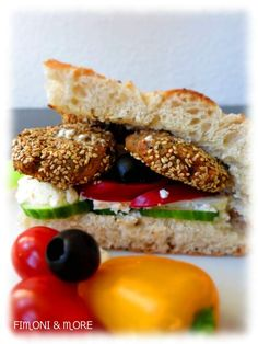 Falafel_2 Falafel, Salmon Burgers, Sandwiches, Ethnic Recipes, Food, Food Food, Rezepte, Falafels, Paninis