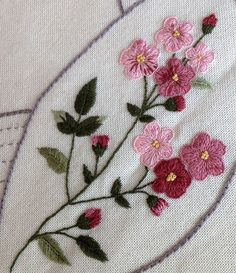 This Pin was discovered by Sha Embroidery Needles, Silk Ribbon Embroidery, Hand Embroidery Patterns, Custom Embroidery, Cross Stitch Embroidery, Machine Embroidery, Flower Embroidery, Bordado Floral, Creative Embroidery
