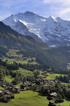 Wengen and the Moutain Jungfrau in the back