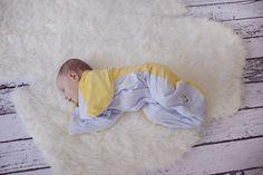 we love babies :) small Eliza is so cuuuute. Newborn Photography, Cute Babies, Kids Rugs, Baby, Kid Friendly Rugs, Babys, Baby Humor, Baby Baby, Funny Babies