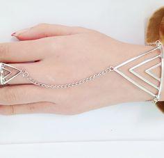 Moda De Pulseiras Dedo Rocha Triângulo Dourado Mão Cadeia Mulheres Novo Multi estilo Punk Cadeia Harness Dedo Pulseiras Para As Mulheres